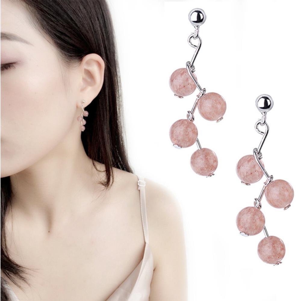iSFairytale伊飾童話 草莓氣泡 水晶珠銅電鍍耳環