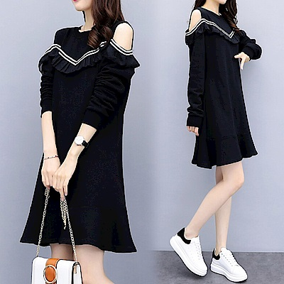 中大尺碼假兩件荷葉領露肩V字黑白條滾邊魚尾裙洋裝XL~4L-Ballet Dolly