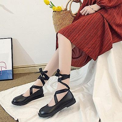 韓國KW美鞋館 歐洲站甜美鏤空綁帶平底鞋-黑色