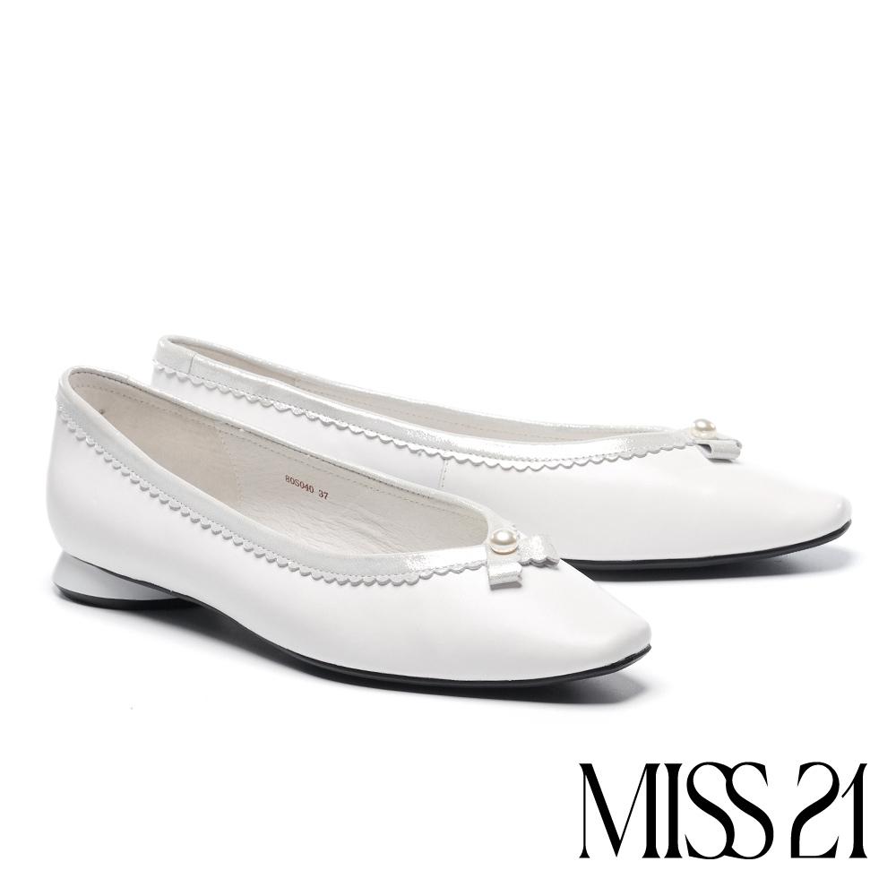 低跟鞋 MISS 21 復古小清新波浪小滾邊方頭低跟鞋-白