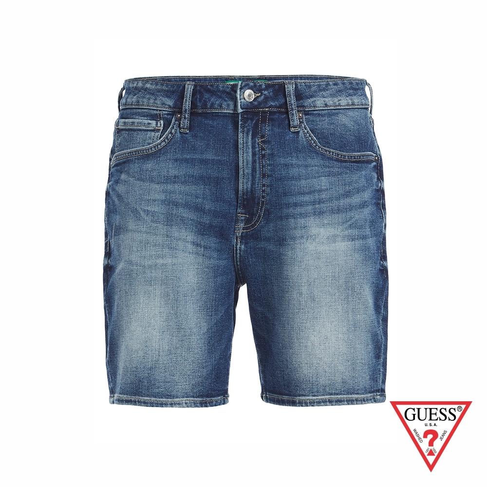 GUESS-男裝-簡約水洗刷色五分牛仔短褲-藍 原價2490