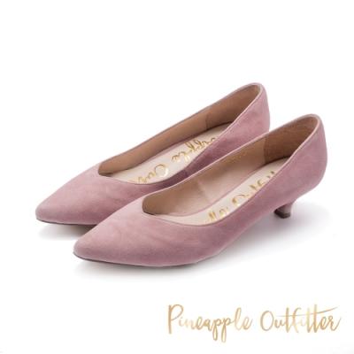 Pineapple Outfitter-PANSY尖頭 V楦口麂皮低跟鞋-粉藕色
