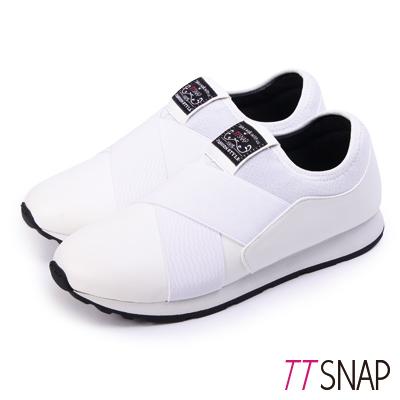 TTSNAP運動鞋-MIT超輕量光滑舒適慢跑休閒鞋 白