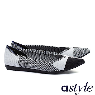平底鞋 astyle 內斂復古系列 復古質感獨特對稱色塊尖頭飛織平底鞋-黑