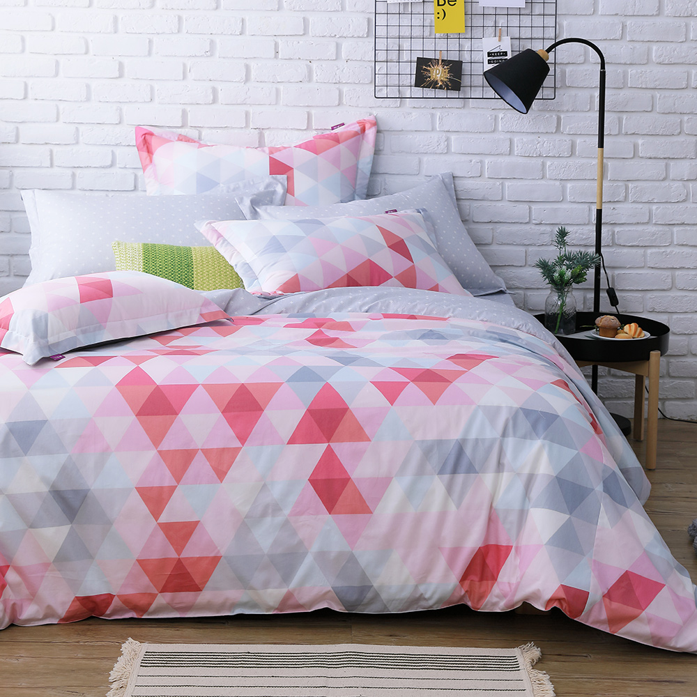 IN HOUSE-pink prism-200織紗精梳棉-兩用被床包組(加大)