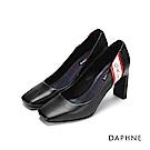 達芙妮DAPHNE 高跟鞋-典雅字母撞色方頭粗高跟鞋-醇黑
