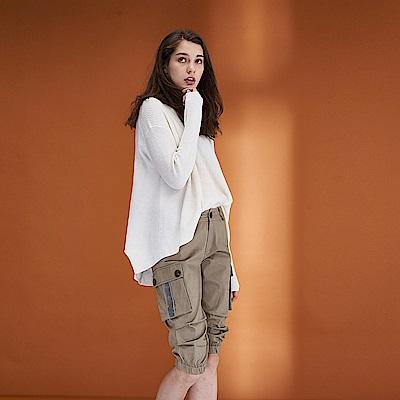 Hana+花木馬 清新無印風口袋設計款挺版及膝造型馬褲-卡其