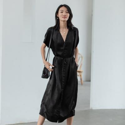 旅途原品_輕影_醋酸簡約開衫式連衣裙- 曜黑