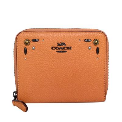 COACH蜜橘色荔枝紋全皮鉚釘貼花ㄇ型拉鍊短夾