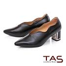 TAS質感羊皮波浪曲線金屬後跟尖頭高跟鞋-質感黑