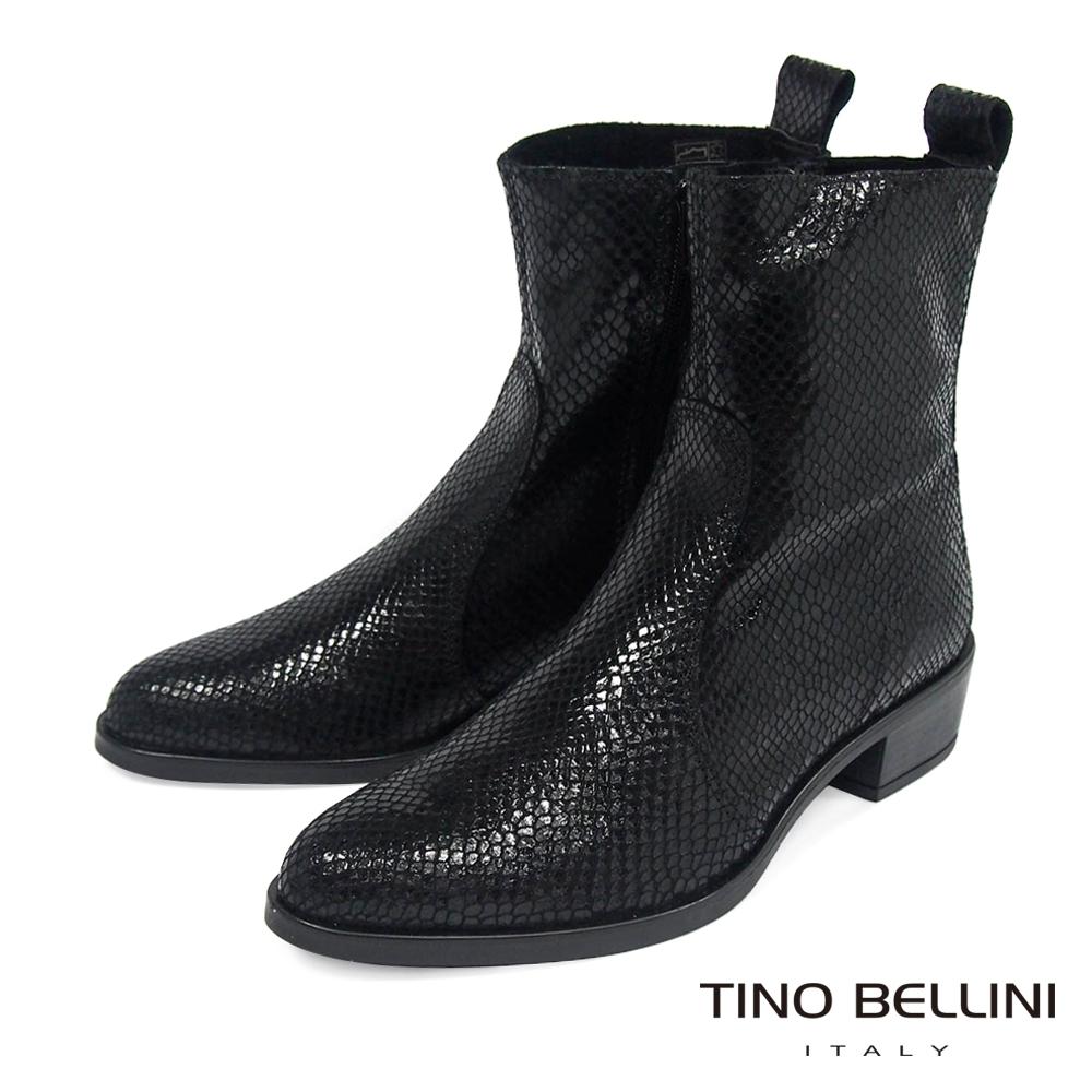 Tino Bellini義大利進口冷峻俐落蛇紋低跟短靴_黑