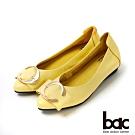 bac愛趣首爾 - 亮眼色尖頭大飾釦平底鞋-淺黃