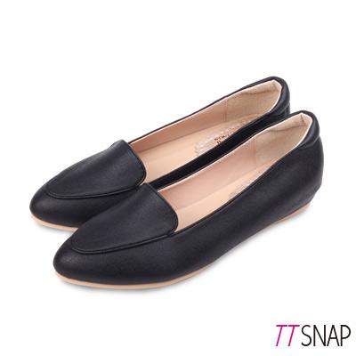 TTSNAP內增高-MIT桃心真皮後跟沙發低跟鞋 黑