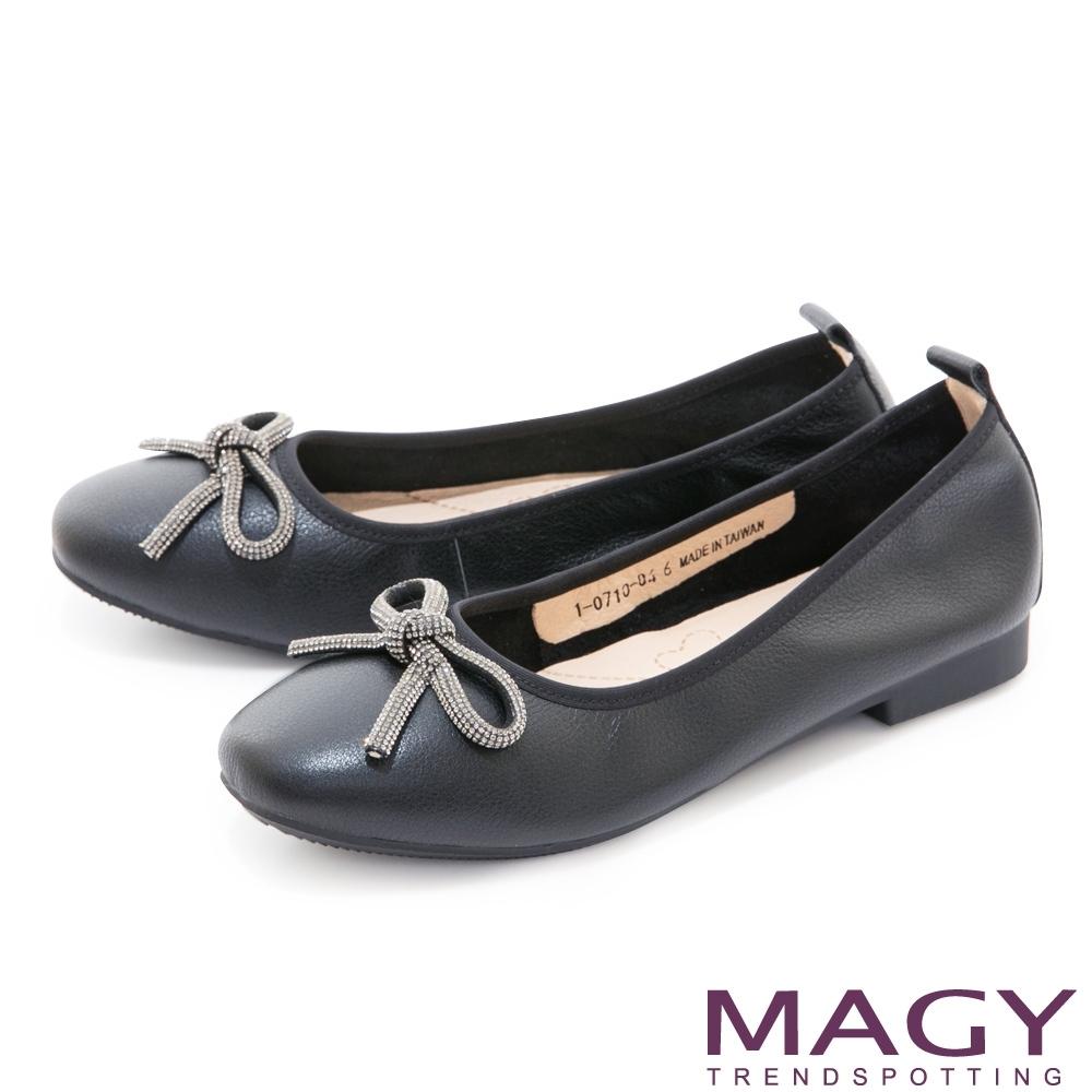 MAGY 耀眼水鑽蝴蝶結真皮 女 平底鞋 黑色