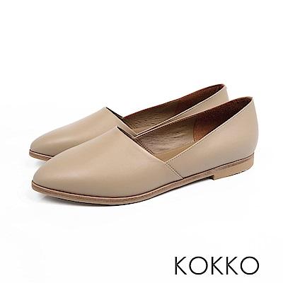KOKKO -心跳脈動彎折軟羊皮素面平底鞋-輕裸膚