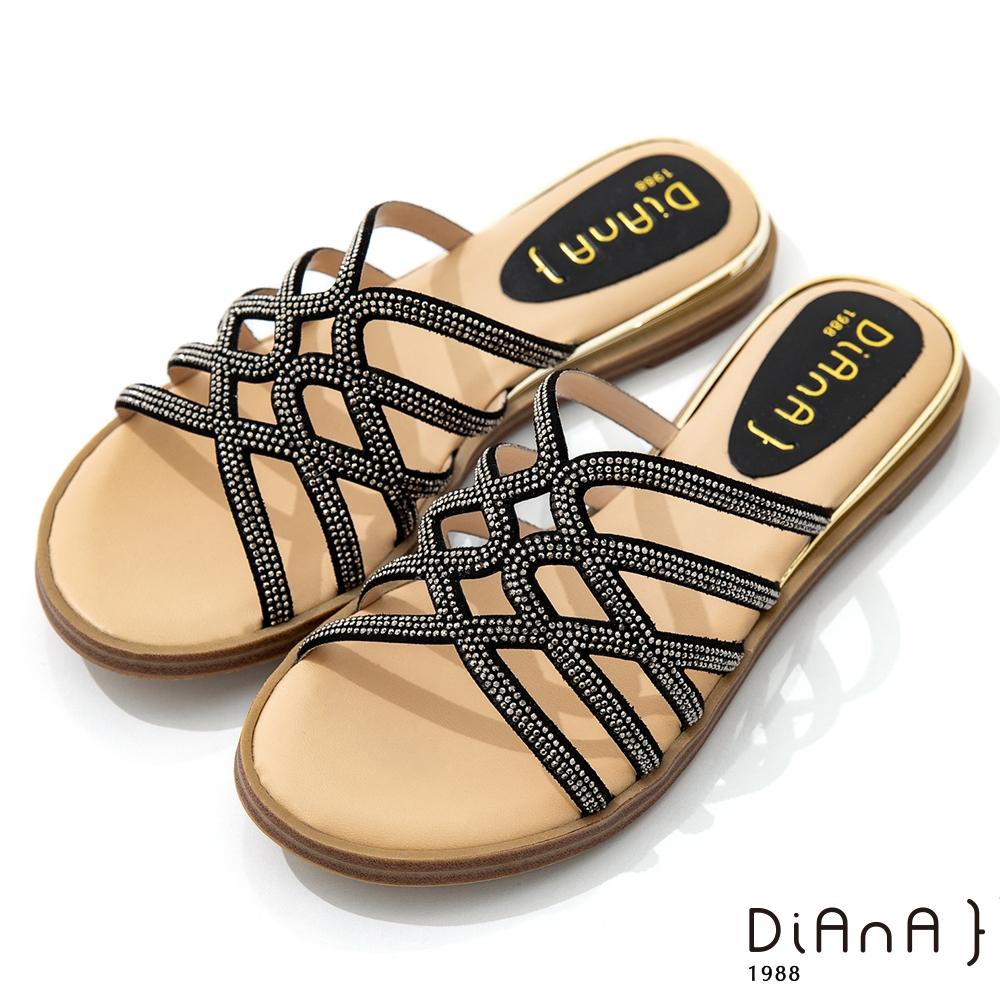 DIANA 2.2cm 星河水鑽X牛皮交織環繞羅馬低跟拖鞋-夏日風情-黑