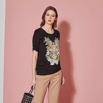 Hana+花木馬 時尚特色印花反摺袖高磅棉造型上衣-黑