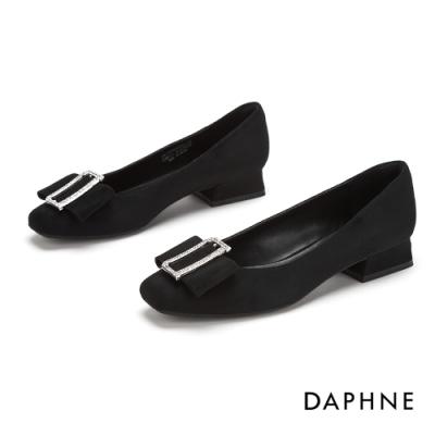 達芙妮DAPHNE 跟鞋-甜美鑽扣蝴蝶飾結方頭低鞋-黑