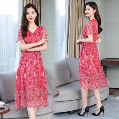 夏豔紅印花V領綁帶收腰洋裝M-4XL-REKO