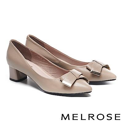 高跟鞋 MELROSE 素雅氣質蝴蝶結金屬飾釦羊皮尖頭粗高跟鞋-米