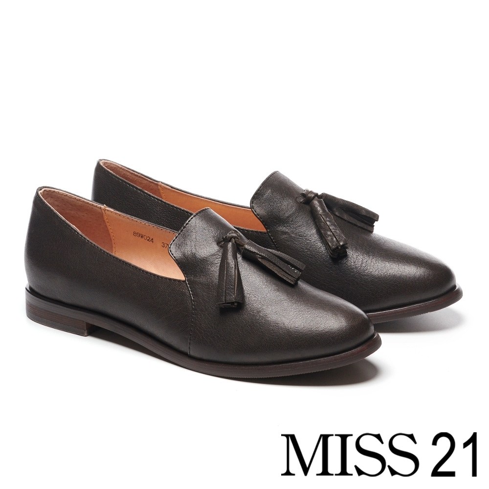 低跟鞋 MISS 21 復古學院風流蘇造型全真皮樂福低跟鞋-黑