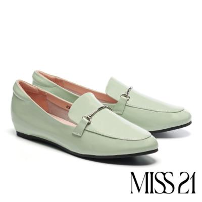 低跟鞋 MISS 21 復古時尚金屬條釦全真皮樂福低跟鞋-綠