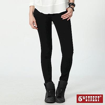 5th STREET 1970基本美式窄直筒牛仔褲-女-黑色