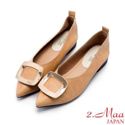 2.Maa 簡約飾扣素面尖頭包鞋 - 棕