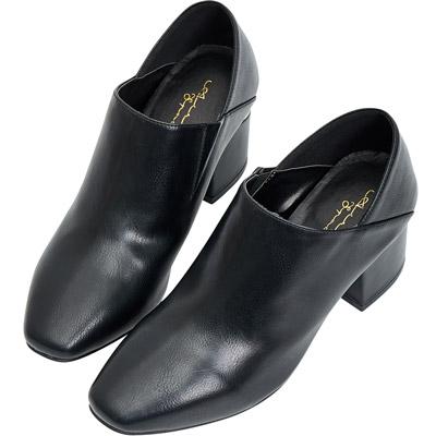 AIR SPACE 歐美氣質亮面尖頭中跟踝靴(黑)