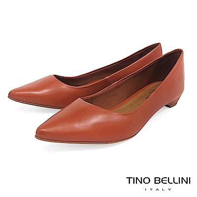Tino Bellini 巴西進口純色雅緻氣質舒足低跟包鞋 _ 橘
