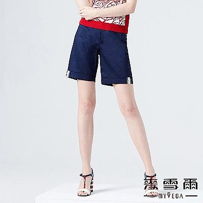 【麥雪爾】棉質點點拼布小鈕釦俏麗短褲-深藍