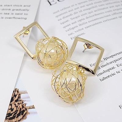 Prisme美國時尚飾品 方形金屬環繞珍珠 金色耳環 耳針式