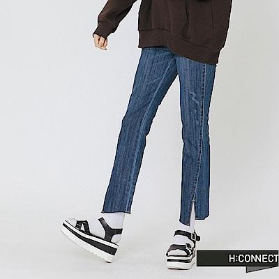 H:CONNECT 韓國品牌 女裝-隨性缺口設計牛仔褲-藍
