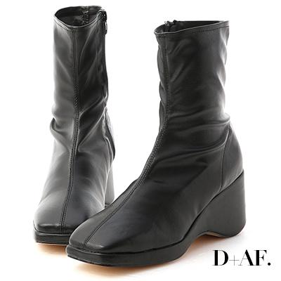 D+AF 獨特魅力.素面方頭楔型底襪靴*黑