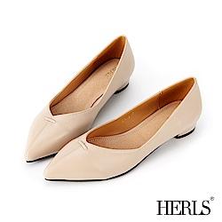 HERLS 簡約大方 內真皮縫線滾邊尖頭低跟鞋-米色