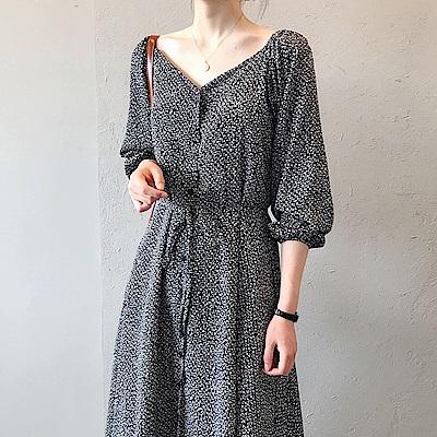 韓國空運 法式V領碎花連身裙-2色-TMH