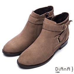 DIANA 魅力個性-雙釦環鉚釘側拉鍊短靴-卡其
