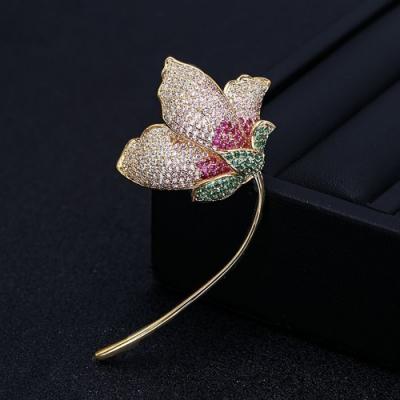 梨花HaNA 韓國花鑽細緻手工鑲鑽層彩胸針