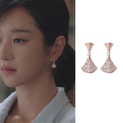 梨花HaNA 韓國雖然是精神病但沒關係高文英同款.扇型鑽飾耳環