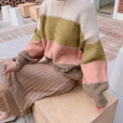 Domiss拼色鑲金邊軟綿毛衣(2色)