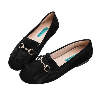 Robinlo 甜美風麂皮流蘇金屬飾扣莫卡辛鞋 黑