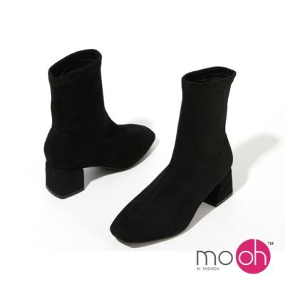 mo.oh 粗跟絨面套筒彈力短靴-黑色