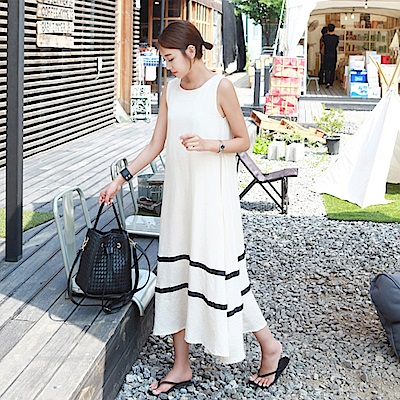 La Belleza莫代爾棉白色滾邊大擺裙擺棉質背心洋裝