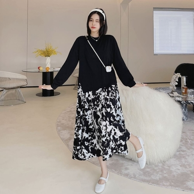 MOCO假兩件黑色圓領拼接黑色水墨暈染大擺裙連身洋裝XL~5XL