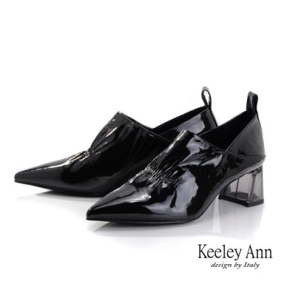 Keeley Ann極簡魅力 抓皺V口造型透視跟包鞋(黑色-Ann系列)