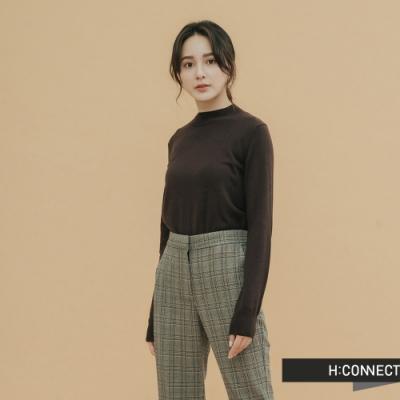 H:CONNECT 韓國品牌 女裝-柔軟素面細針織上衣-棕