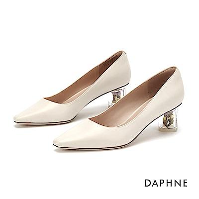 達芙妮DAPHNE 高跟鞋-時尚小方頭花漾高跟鞋-米白