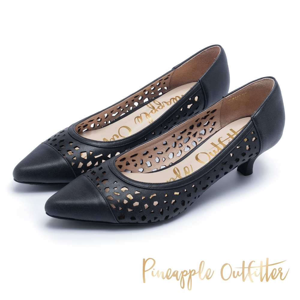 Pineapple Outfitter 神秘高雅 質感牛皮鏤空雕花尖頭低跟鞋-黑色