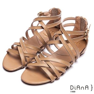 DIANA 羅馬印象—細交叉繞帶後拉鍊涼鞋-卡其