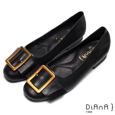 DIANA經典穿孔大方釦寬繞帶休閒鞋-復古原色-黑